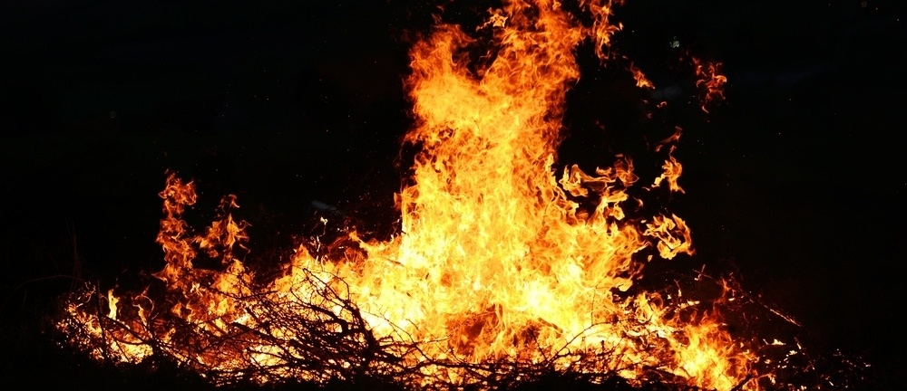 Big fire-377344-edited.jpeg