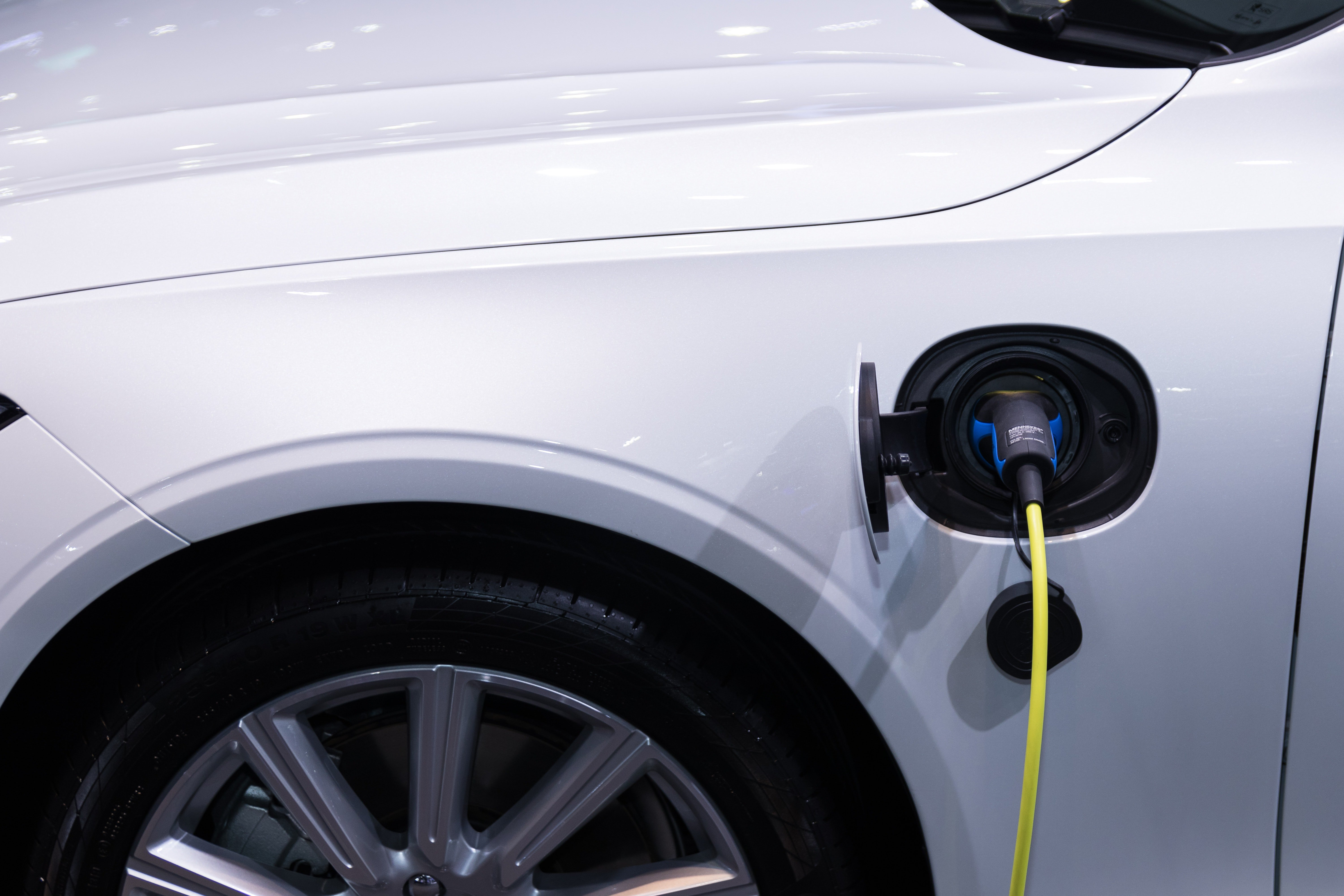 Insights on CMMs in the Electric Vehicle And Hybrid Market Space